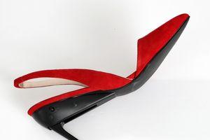 Sợ tai nạn khi lái xe ô tô với giầy cao gót – Đôi giày này sẽ là giải pháp