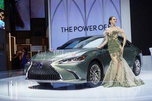 Xế sang Lexus ES 300h ra mắt thị trường Việt, đối đầu Audi A6