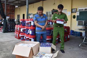 Ninh Bình: Thu giữ 100 thùng dầu nhớt và 1.030 bao thuốc lá không hóa đơn chứng từ