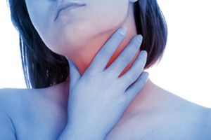 Những dấu hiệu cảnh báo sớm ung thư tuyến giáp