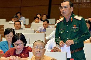 Phó Chính ủy Quân khu 7 lên án hoạt động chống phá Nhà nước trên mạng