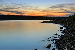 Quái vật hồ Labynkyr lại xuất hiện trong một cái hồ ở vùng Siberia