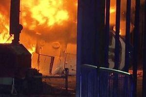 Xác nhận Chủ tịch CLB Leicester City và con gái bên trong chiếc trực thăng bị phát nổ