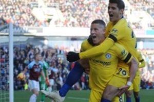 Chelsea đại thắng Burnley, Arsenal bị cầm hòa đáng tiếc