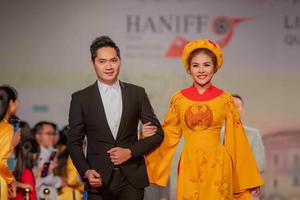 Ngắm sao Việt và quốc tế rạng rỡ trên thảm đỏ HANIFF 2018