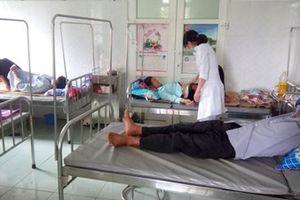 Lai Châu: 42 người ngộ độc do ăn thịt trâu