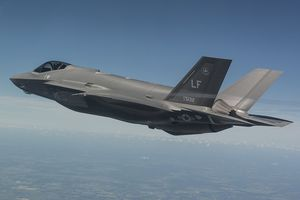 Chê Eurofighter đắt, không tàng hình, Bỉ chọn tiêm kích F-35