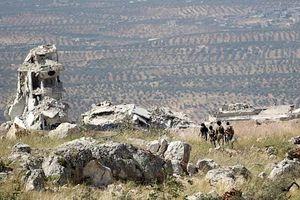 Pháo binh, tên lửa Golan – 300 hủy diệt chiến tuyến các nhóm thánh chiến Idlib
