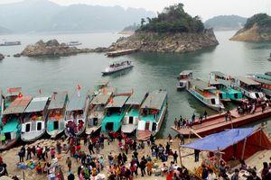 Hòa Bình: Phát huy giá trị văn hóa dân tộc khu vực hồ Hòa Bình phục vụ du lịch