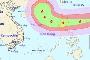 Gần Biển Đông: Siêu bão Yutu giật trên cấp 17