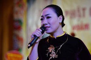 Bài hát 'Niệm bình an' của nhạc sĩ Phạm Việt Long gây xúc động tại chương trình thiện nguyện
