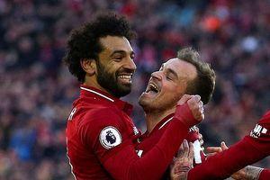Salah tỏa sáng, Liverpool đè bẹp Cardiff City