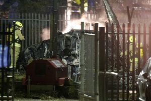 Rơi trực thăng chở 'ông trùm' Leicester: Phi công cố gắng tránh xa nơi đông người