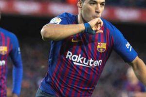 Trọng tài có đúng khi cho Barcelona hưởng penalty?