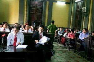 Nóng buổi tuyên án vụ án Vinasun kiện Grab