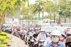 Cân nhắc việc thu phí môi trường các phương tiện tham gia giao thông