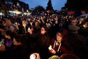 Thảm kịch ở TP Pittsburgh, Mỹ: Câu hỏi cũ về kiểm soát súng đạn