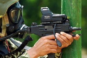 Cận cảnh khẩu tiểu liên lai súng ngắn của Đặc công Việt Nam