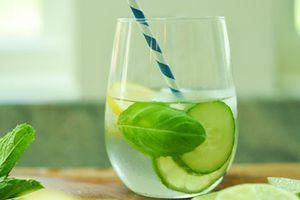 Những loại nước nên uống khi ngủ dậy để thải độc
