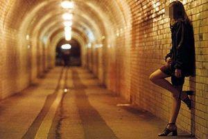 Dự thảo của Bộ GD&ĐT: Sinh viên hoạt động mại dâm lần thứ 4 sẽ bị đuổi học