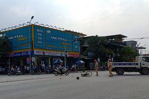 Hà Tĩnh: Cụ ông 71 tuổi bị xe container kéo lê trên đường