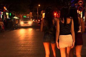 Sinh viên sư phạm hoạt động mại dâm đến lần thứ 4 sẽ bị đuổi học
