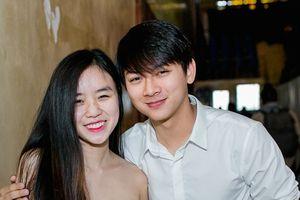 Bạn gái lên tiếng về lý do Hoài Lâm tạm ngưng ca hát 2 năm