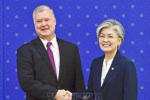 Đặc phái viên Mỹ họp kín với Ngoại trưởng Hàn Quốc