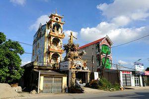 Cận cảnh những thứ 'độc, dị' trong ngôi nhà phong thủy kì quái ở Hưng Yên