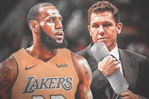 LeBron James và đại diện của Los Angeles Lakers nói gì về tình huống xử lý của Rajon Rondo