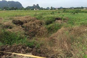 Quảng Ninh: Xuất hiện hố sụt lún rộng 30m2 ngay sát nhà dân