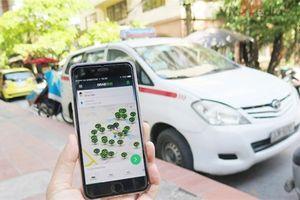 Viết 'tâm thư' gửi Chính phủ, taxi truyền thống muốn công bằng với taxi công nghệ