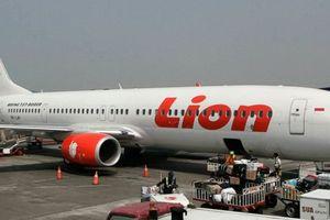 Máy bay Boeing 737 của Indonesia rơi ở độ sâu 30 – 40m, không ai còn sống sót