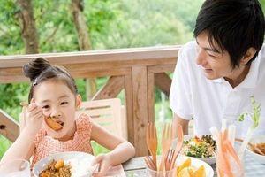 Chỉ mặt 4 kiểu ăn sáng gây tổn hại nghiêm trọng tới sức khỏe của trẻ nhất, rất nhiều mẹ đang làm theo