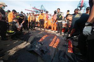 Rơi máy bay ở Indonesia: Đã trục vớt được 6 thi thể đầu tiên