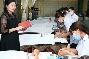 Sinh viên được đào tạo chính quy về nghề làm đẹp