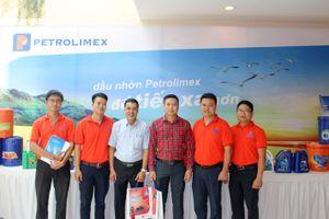 Dầu mỡ nhờn Petrolimex tại Hội nghị 'Đối tác phát triển hàng Việt Nam'