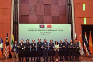 Thứ trưởng Ngoại giao Nguyễn Quốc Dũng tham dự Hội nghị các Quan chức Cao cấp ASEAN - Trung Quốc về thực hiện DOC lần thứ 16