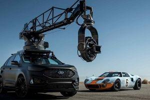 Phát sốt với chiếc xe chuyên dùng quay phim hành động ở Hollywood