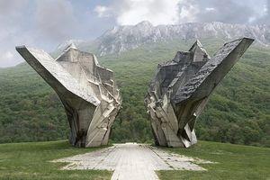 Những khối bê tông kỳ vĩ - Tượng đài Chiến tranh ở Nam Tư cũ