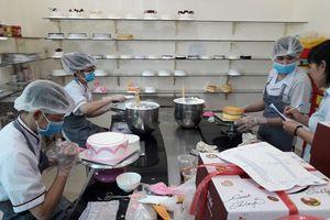 Cơ sở cung cấp bánh mì không bảo đảm điều kiện an toàn thực phẩm