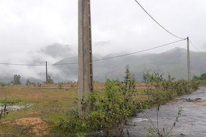 Dự án di dân khẩn cấp 'treo' trên núi