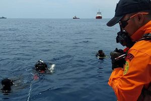Video đầu tiên được công bố về hiện trường thảm kịch rơi máy bay Indonesia