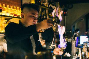 Một đêm của anh chàng bartender Sài Gòn