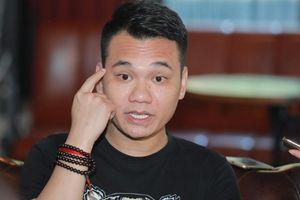 Khắc Việt: 'Có 1 nhóm nghệ sĩ ở Hà nội 'đánh' hội đồng em tôi'