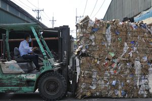 Siết nhập khẩu phế liệu: Doanh nghiệp bị động