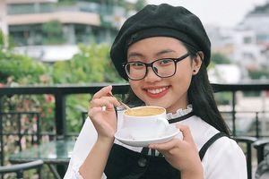 Phương Mỹ Chi khiến fan thích thú khi cover hit 'HongKong1'