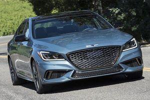 Genesis G80 2019 giá từ 982 triệu đấu Mercedes E-Class