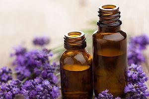 4 cách siêu hay làm sáp dưỡng môi từ dầu dừa