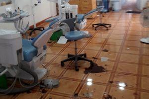 Bắt giam nhóm người hành hung nhân viên, đập phá phòng khám nha khoa Phước Vinh